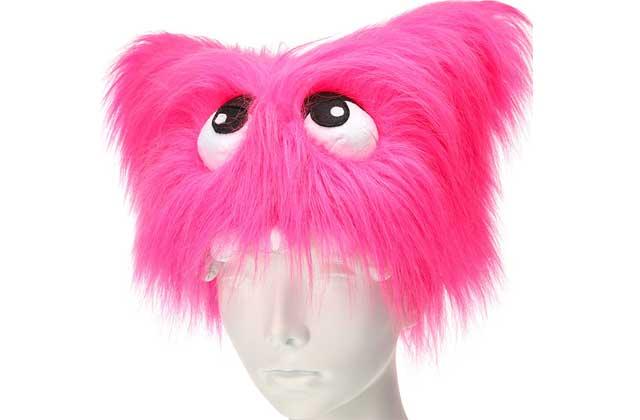 Le bonnet monstre poilu rose de Claire's — WTF Mode