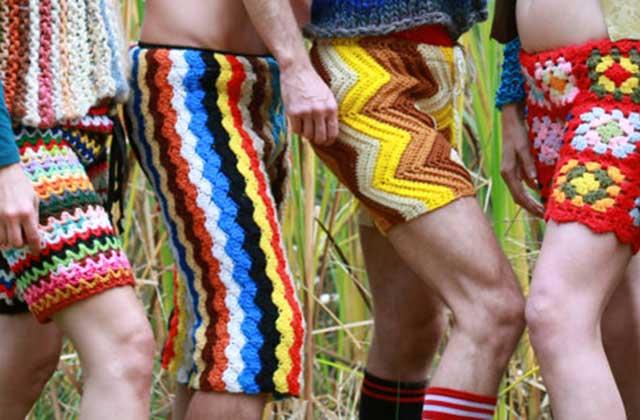 Les caleçons et pantalons en crochet de LordvonSchmitt sur Etsy — WTF Mode