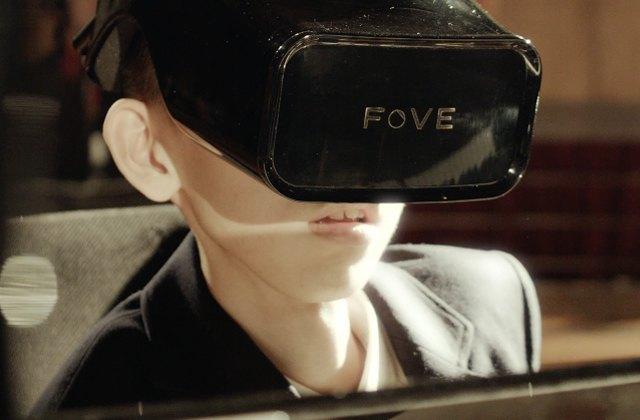 Eye Play The Piano, le piano en réalité virtuelle qui permet de jouer avec les yeux