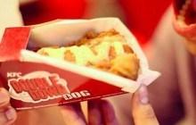 KFC lance le Double Down Dog, un hot-dog avec du poulet pané