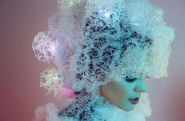 Neurotiq de Sensoree, le « chapeau » qui lit dans tes pensées, un WTF Mode du futur