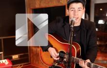 Nick Jonas revient sur scène avec son titre « Jealous »