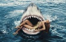 Rihanna pose avec des requins pour le Harper's Bazaar