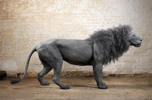 Les sculptures en grillage impressionnantes de Kendra Haste