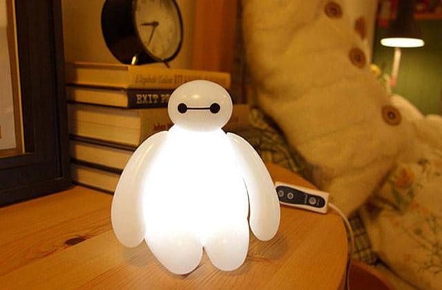 Baymax se transforme en veilleuse pour illuminer vos nuits