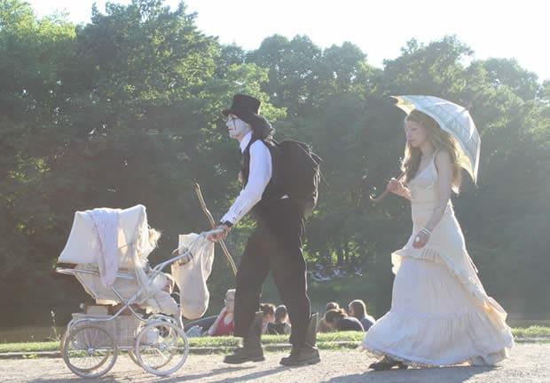 Wave-Gotik-Treffen costumes