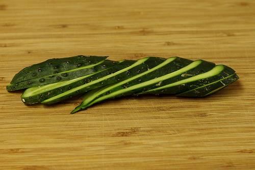 couper un légume en sifflet