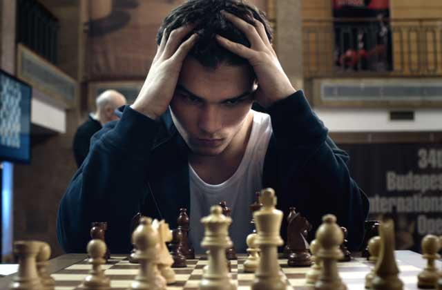 « Le Tournoi », un film haletant et superbe sur les échecs (mais pas que)