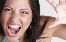 La «femme agressive», un cliché salement tenace
