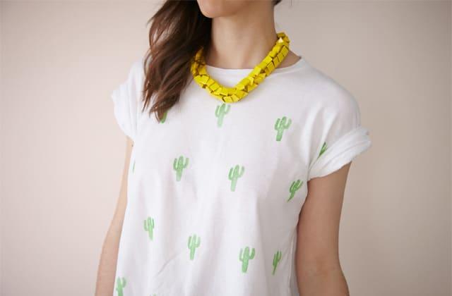 DIY — Un t-shirt à imprimé cactus (avec un tampon encreur fait maison)
