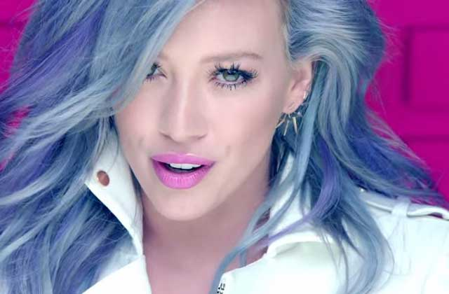 Hilary Duff sort le clip officiel de « Sparks », un single coloré qui parle de Tinder