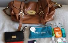 La main dans le sac… d'Antoinette !