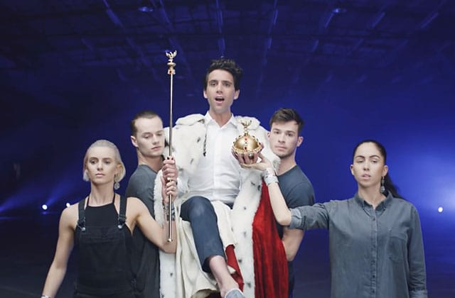 Mika dévoile «Good Guys», un joli clip aux allures d'hommage