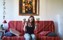 Dans l'appart' de Nathalie, future auxiliaire de puériculture à Toulouse
