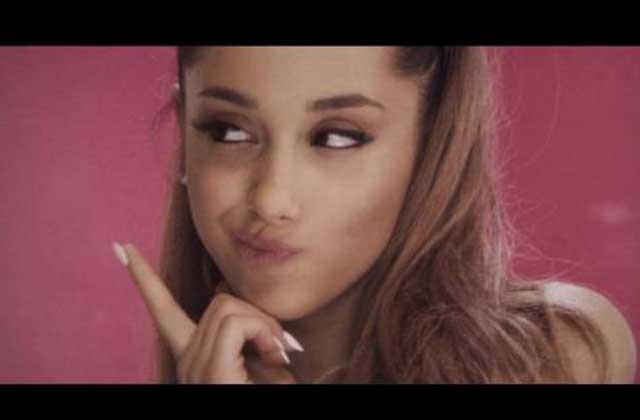 Ariana Grande poste un tweet féministe qui fait du bien