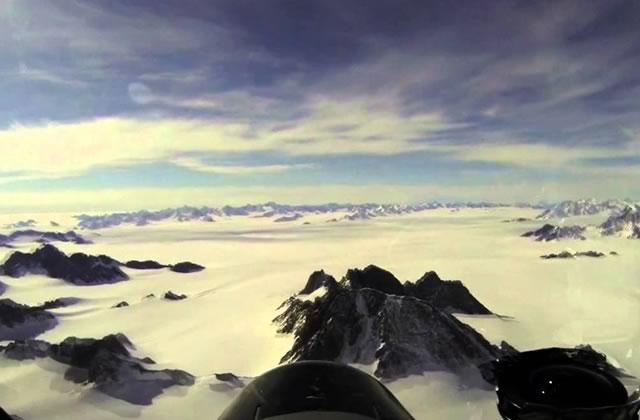 Le Groenland survolé dans une magnifique vidéo de la NASA