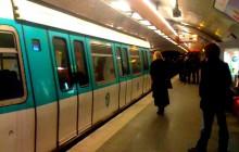 Un agresseur sexuel dans le métro identifié par la police grâce à la photo prise par une victime