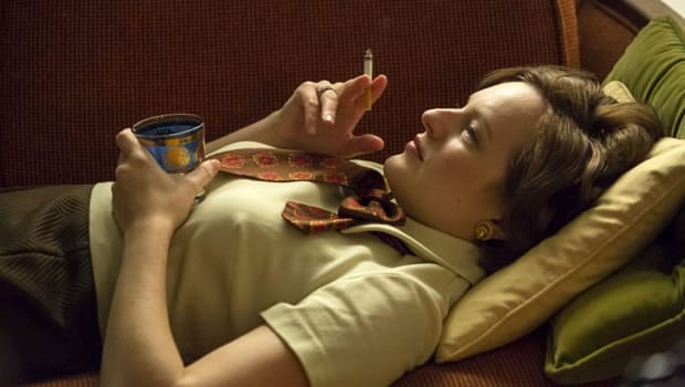 madmen-peggy-olsen-couch