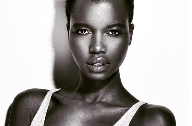 Nykhor Paul, mannequin soudanaise, excédée par le racisme de la Fashion Week