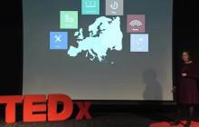 Rendre visibles les femmes invisibles grâce aux statistiques, le TEDx passionnant d'Anne-Laure Humbert