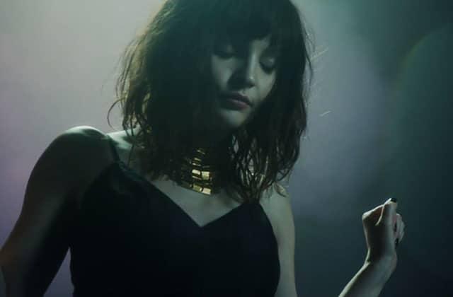 CHVRCHES dévoile «Leave a Trace», un joli clip onirique