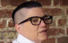 Lea DeLaria (Big Boo dans Orange is the New Black) se dénude pour encourager l'acceptation de soi