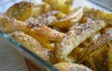 Pommes de terre au parmesan, grillées au four — Recette réconfortante