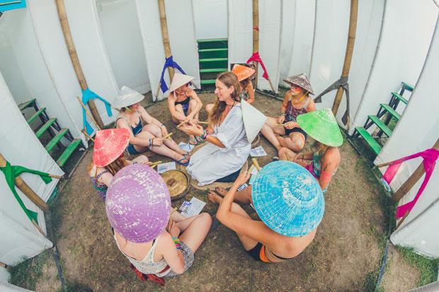 sziget-festival-chapeaux