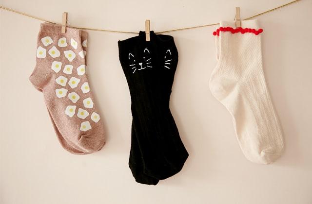 DIY — 3 tutos pour personnaliser tes chaussettes
