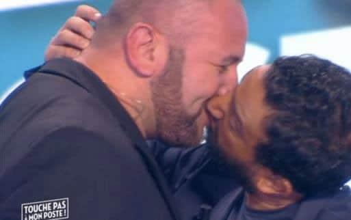touche pas à mon poste hanouna baiser