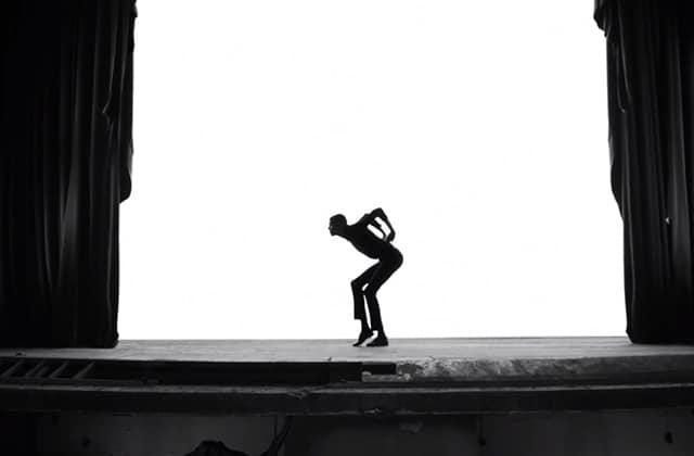 Stromae fait face au cancer dans le clip terrifiant de «Quand c'est»