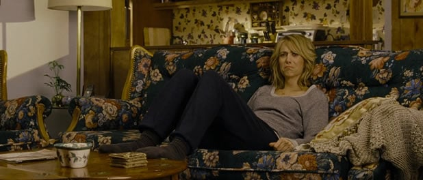 bridesmaids-kristen-wiig-depressed