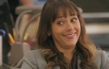 «Angie Tribeca», la série de Rashida Jones, sortira le 17 janvier!