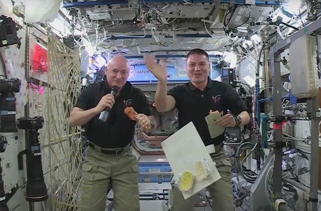 Comment les astronautes fêtent-ils Thanksgiving dans l'espace ?