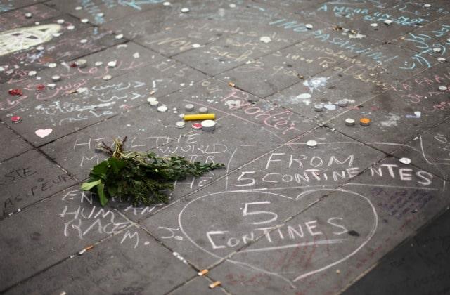 Les attentats du 13 novembre et l'après, vus par Internet