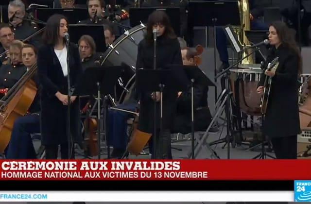«Quand on n'a que l'amour», l'hommage chanté par Camélia Jordana, Yaël Naïm et Nolwenn Leroy