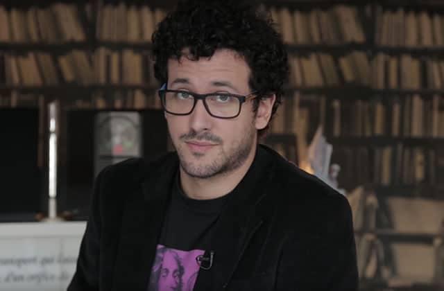 Slimane-Baptiste Berhoun présente 10 astuces de tournage (presque) sérieuses