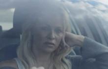 Pamela Anderson à la recherche de sa jeunesse perdue dans le court-métrage «Connected»
