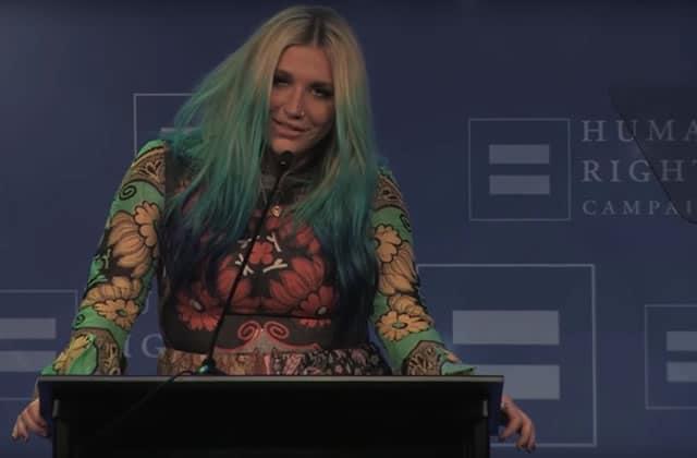 Kesha, récompensée pour ses combats pro-LGBT, dénonce les inégalités dans un discours émouvant