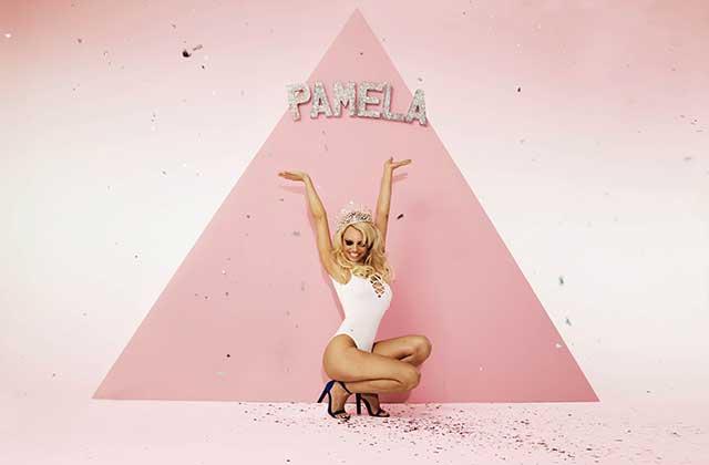 Pamela Anderson est l'égérie de Missguided pour le printemps/été 2016