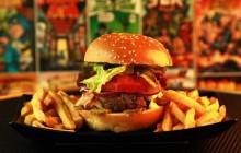 Un restaurant à thème «super-héros» ouvre à Paris:enfilez vos collants!