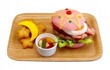 Le Burger Sailor Moon, pour se régaler du pouvoir du prisme lunaire