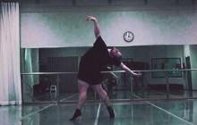 Erik Cavanaugh, danseur, gros, et champion du monde du niquage de complexes