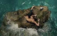 Blake Lively combat un requin dans «Instinct de survie»