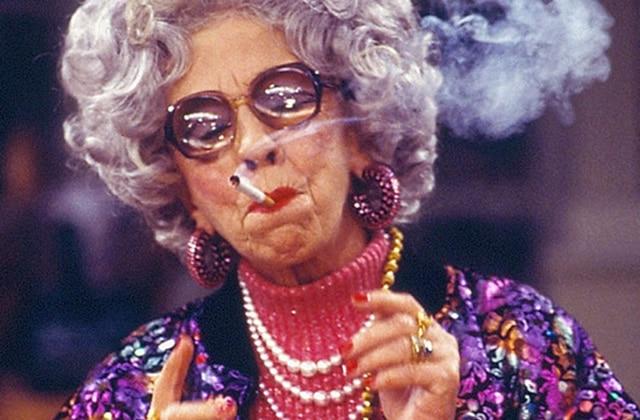 Ann Morgan Guilbert, alias grand-mère Yetta («Une nounou d'enfer»), est décédée