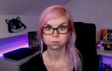 RedFanny, licorne aux cheveux roses—Portrait de streameuse