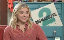 Chloë Grace Moretz nous parle féminisme et progrès social en interview vidéo pour «Nos pires voisins 2»
