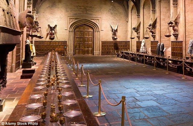 Poudlard vous accueille pour un petit-déjeuner Harry Potter