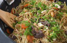 Recette (croquante) des nouilles sautées canard & noix de cajou