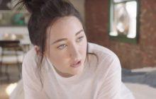 Noah Cyrus, la sœur de Miley, sort son premier clip, et franchement il est cool !
